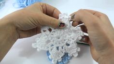 How to Crochet a Simple and Easy Snowflake