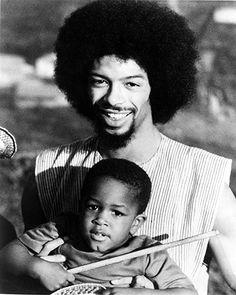 Gil Scott-Heron with his son in February 1975   Photograph: Michael Ochs Archives - WE love GIl @ GGP x