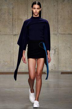 J.W.Anderson Fall 2013 Ready-to-Wear Fashion Show - Pauline Hoarau