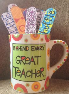 """TheHappyTeacher: BRAIN BREAKS! Craft sticks perfect for write on and put in a cute cup.  Then, it would be easy to have a student reach in and choose a """"brain break"""" when the class deserved one!   Here is a list of my brain breaks and a short description of each."""