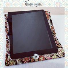 Case para Tablet Transforma-se em suporte inclinado para facilitar o uso. Compre pelo site http://marizamorato.com.br/produto/case-para-tablet/   Ou Whats App (11) 99655 9145
