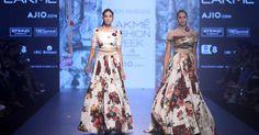 Tarun Tahiliani - Lakme Fashion Week - Day 4 - Look Lakme Fashion Week Website Indian Fashion Designers, Indian Designer Outfits, Indian Outfits, India Fashion Week, Lakme Fashion Week, Classic Outfits, Classic Clothes, Indian Clothes Online, Tarun Tahiliani