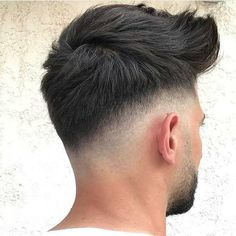 15 Coolest Short Hairstyles for Men 2019 – Fashion Looks 2019 – Men's Hairstyles and Beard Models Mens Medium Length Hairstyles, Cool Short Hairstyles, Trendy Haircuts, Hairstyles Haircuts, Haircuts For Men, Mens Hairstyles 2018, Stylish Hairstyles, Wedding Hairstyles, Hair And Beard Styles
