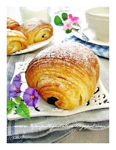 Italian recipe for pain au chocolate. I love this site. It is all in Italian but with a translation option!