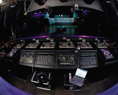 DJ Booth (they should all look like this!)