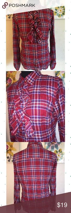 """Plaid Button Down Shirt w/ Front Ruffle Detailing Plaid Button Down Shirt w/ Front Ruffle Detailing. Only used once. Size medium. 99% cotton, 1% spandex. Blouse has been packed in moving boxes so please excuse the wrinkles. cts description.                                            ❌TRADES ❌ LOWBALL OFFERS ✅ USE THE """"OFFER"""" LINK BELOW ✅ USE THE """"ADD TO BUNDLE"""" TO GET 15% DISCOUNT ON 2+ ITEMS ✅  POSH RULES   Converse Tops Button Down Shirts"""