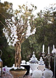 White & Gold Opulence Wedding @ Island, Athenian Riviera - De Plan V Glitzy Glam, Dessert Buffet, Dessert Bars, Crystal Vase, Timeless Beauty, Event Decor, Gold Wedding, Wedding Planner, Wedding Decorations