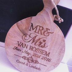 Als je een origineel cadeau wilt geven, is een snijplank met jouw eigen ontwerp een cadeau waarvan je zeker weet dat niemand anders dit heeft gegeven: #stempelfun
