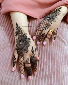 Most Beautiful Attractive Henna Designs Rose Mehndi Designs, Latest Arabic Mehndi Designs, Henna Art Designs, Mehndi Designs For Girls, Modern Mehndi Designs, Dulhan Mehndi Designs, Mehndi Designs For Fingers, Beautiful Henna Designs, Beautiful Mehndi