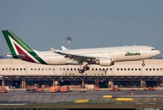 Alitalia with modernised livery | Airbus A330-202 | ✈ Follow civil aviation on AerialTimes. Visit our boards on pinterest.com/aerialtimes or like us on www.facebook.com/aerialtimes
