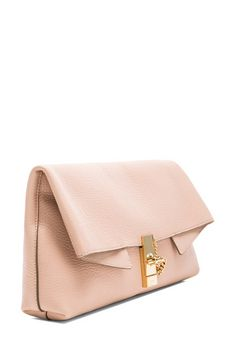Chloe|Leather Drew Clutch in Cement Pink [3]