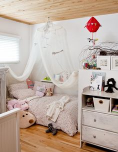 1000 images about chambres d 39 enfants et d 39 ados d cormag for Chambre cocooning ado