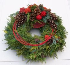 Fri-Collection tomb jewelry dead Sunday tomb of All Saints with Koniferengrün freshly bound 50 cm Christmas Flower Arrangements, Christmas Greenery, Christmas Flowers, Christmas Door, Christmas Centerpieces, Outdoor Christmas, Rustic Christmas, Floral Arrangements, Christmas Time