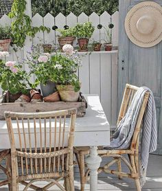 You can`t use up CREATIVITY. Outdoor Seating Areas, Outdoor Spaces, Outdoor Living, Outdoor Decor, Porch Decorating, Decorating Your Home, Decorating Ideas, Porch And Balcony, Vibeke Design