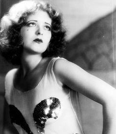 In love with this photo of Clara Bow.