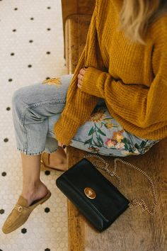 Super cute boho style outfit and is casual and chic at the same time Mode Outfits, Fall Outfits, Casual Outfits, Fashion Outfits, Womens Fashion, Fashion Trends, Fashion Clothes, Christmas Outfits, Outfit Winter