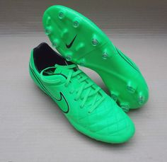6fd9b56eed44 NIKE TIEMPO LEGACY FG FOOTBALL BOOTS 2015 PRO 10uk   150 GREEN  STRIKE PRO LEG END .