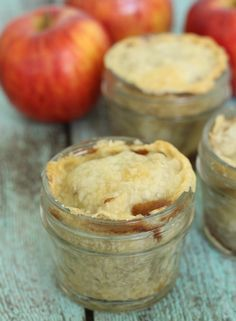 This apple pie in a jar recipe is super easy to make and sure to be a big hit for any fall gathering!