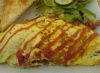 Ομελέτα με κρεμμυδάκια και μπέικον Baked Potato, Tacos, Potatoes, Mexican, Eggs, Baking, Ethnic Recipes, Flora, Potato