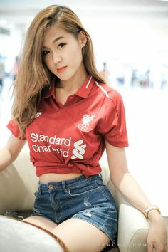 Liverpool Girls, Liverpool Fans, Football Outfits, Beautiful Asian Girls, Asian Beauty, Sexy Women, Female, Model, Football Fans