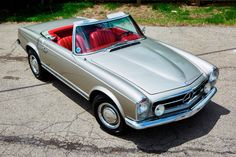 Bid for the chance to own a Euro 1964 Mercedes-Benz at auction with Bring a Trailer, the home of the best vintage and classic cars online. Ford Classic Cars, Best Classic Cars, Classic Cars Online, Gottlieb Daimler, Mercedes 500, Nissan Patrol, Land Rover Defender, Defender 110, Volkswagen