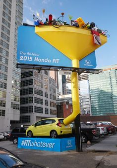 Ação da Honda para divulgar espaço do Fit 2015