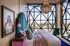 Niesamowite okna w hotelu w Kapsztadzie. Hotel powstał w budynku portowym. The Silo Hotel by The Royal Portfolio Cape Town Accommodation, Cape Town Hotels, Best Interior, Interior Design, Luxury Interior, Le Cap, Best Boutique Hotels, Jacquemus, Hotel Interiors