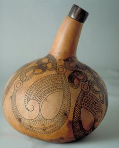 Incised Gourd - Theo Schoon - Chartwell Collection of contemporary art Auckland Art Gallery, Maori Patterns, Cave Drawings, Maori Designs, Indonesian Art, Maori Art, Indigenous Art, Australian Artists, Gourds