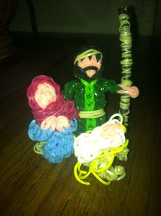 Rainbow loom nativity scene!   I did this! It is so cute for Christmas  coming!