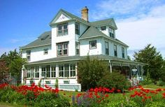 Also located on our property is Captain Jacob Winchester House, a 156 year-old sea captain's home which offers three garden-view suites. Annapolis Valley, Home Id, Nova Scotia, Weekend Getaways, Bed And Breakfast, Will Smith, Mansions, House Styles, Travel Ideas