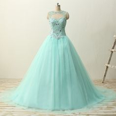 Detachable strap sweetheart crystal beads satin tulle laced up sweep train quinceanera party dresses
