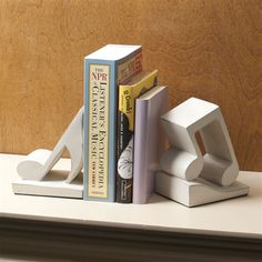 Music Note Bookends at The Music Stand Music Nursery, Music Bedroom, Nursery Room, Nursery Ideas, Music Note Necklace, Wooden Bookends, Beton Design, Music Stand, Music Jewelry