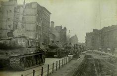 Heavy tanks IS-2m in Germany, 1945 / czołgi ciężkie IS-2m na terenach Niemiec, 1945 rok