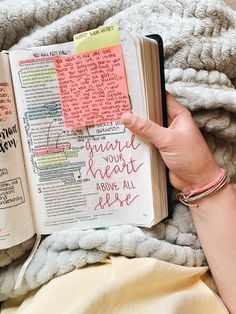 Learn more about our online bible college programs and different Biblical Studies that could help you with your degree or just seek out that knowledge. Bible Notes, My Bible, Bible Art, Bible Study Journal, Scripture Study, Bibel Journal, Bible Doodling, Study Notes, Study Motivation