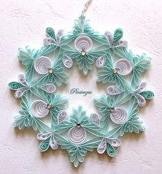 Quilled Snowflake by Pinterzsu on DeviantArt I so need to break out my quilling again! Paper Quilling Tutorial, Paper Quilling Patterns, Quilling Paper Craft, Quilling Letters, Toilet Paper Roll Crafts, Diy Paper, Quilling Christmas, Christmas Ornaments, Christmas Decor