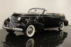 Cadillac : Fleetwood Convertible 1940 Cadillac Fleetwood Series 75 Convertible Sedan Restored One of 45 - http://www.legendaryfind.com/carsforsale/cadillac-fleetwood-convertible-1940-cadillac-fleetwood-series-75-convertible-sedan-restored-one-of-45-7/