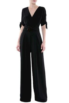 Macacão Feminino - Macacão Longo Crepe Cláudia Preto | Amissima Wedding Trouser Suits, Only Fashion, Womens Fashion, Hijab Style, Casual Outfits, Fashion Outfits, Jumpsuit Outfit, Indian Designer Outfits, Party Fashion