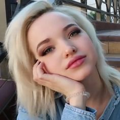 Gorgeous Dove Most Beautiful Faces, Beautiful Women, Liv Y Maddie, Dove Cameron Style, Camilla Mendes, Riverdale Cole Sprouse, Cameron Boyce, Cute Girl Photo, Hairspray