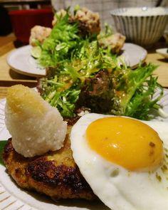 #dinner 漢堡肉排定食 - 對面女士的炸雞比較好吃  #igers #igersoftheday #igersTaiwan #like4like
