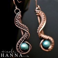 Classy 3.5cm earrings, featuring a beautiful blue freshwater pearl, set in a wave of copper wire, reminiscent of the edge of a river or bubbling brook. Ear wires are copper and safe for nickle-sensitive ears. by Nicole Hanna Jewelry  US First Class Shipping $4 International First Class Shipping $9  All additional ...