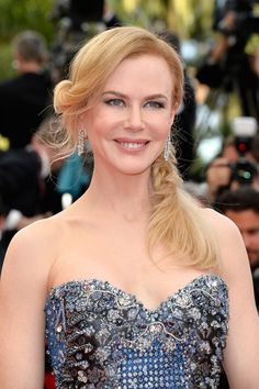 We're in love with Nicole Kidman's colour.  This soft strawberry blonde is super flattering to her fair skin.