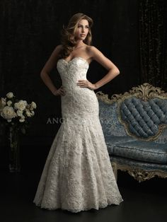 Lace Sheath/ Column Sweetheart Floor Length Wedding Dresses With Buttons