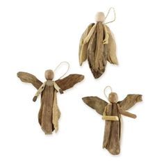 Gifts-and-Holidays-driftwood-Set Of 3 Rustic Driftwood Angel Decorations.another cute idea for driftwood pcs. Driftwood Projects, Driftwood Art, Driftwood Ideas, Beach Crafts, Diy And Crafts, Angel Ornaments, Christmas Ornaments, Driftwood Christmas Decorations, Driftwood Christmas Tree