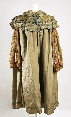 Opera Cape 1905, French, Made of silk