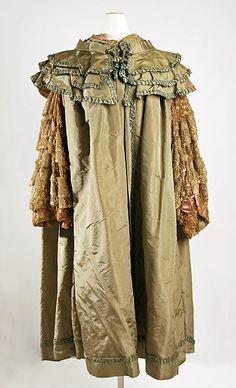 Opera Cape 1905, French, Made of silk