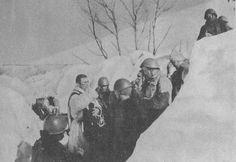 2a Guerra Mondiale-messa Natale in una trincea dell'Albania