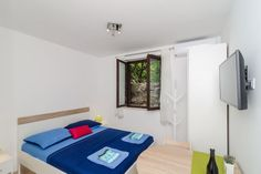 ♥ NEW and Perfectly Located Studio - Free Parking