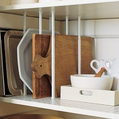 Small Kitchen Organizing Ideas - Pantry Dividers - Click Pic for 42 DIY Kitchen Organization Ideas & Tips Are those tension rods? Organisation Hacks, Kitchen Organization, Storage Organization, Organizing Ideas, Organized Kitchen, Pantry Storage, Extra Storage, Cabinet Storage, Storage Hacks