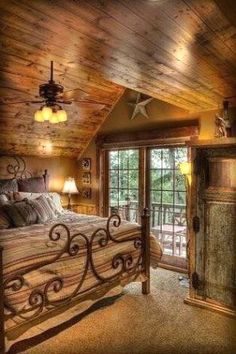 Best home bedroom cozy cabin ideas Style At Home, Log Cabin Homes, Log Cabins, Log Cabin Bedrooms, Cabins And Cottages, Home Bedroom, Bedroom Ideas, Master Bedroom, Bedroom Furniture