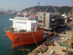 Heerema Marine Contractors has informed through its social media page that the Clair Ridge QUID module has been lifted onto Dockwise's Black Marlin vessel.